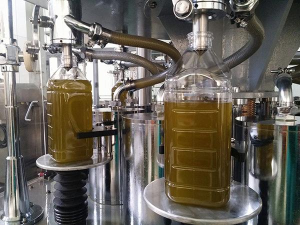 aceite-oliva-sin-filtrar-fresco